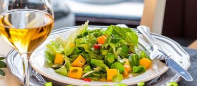 Новые рецепты салатов на 2019 год с фото